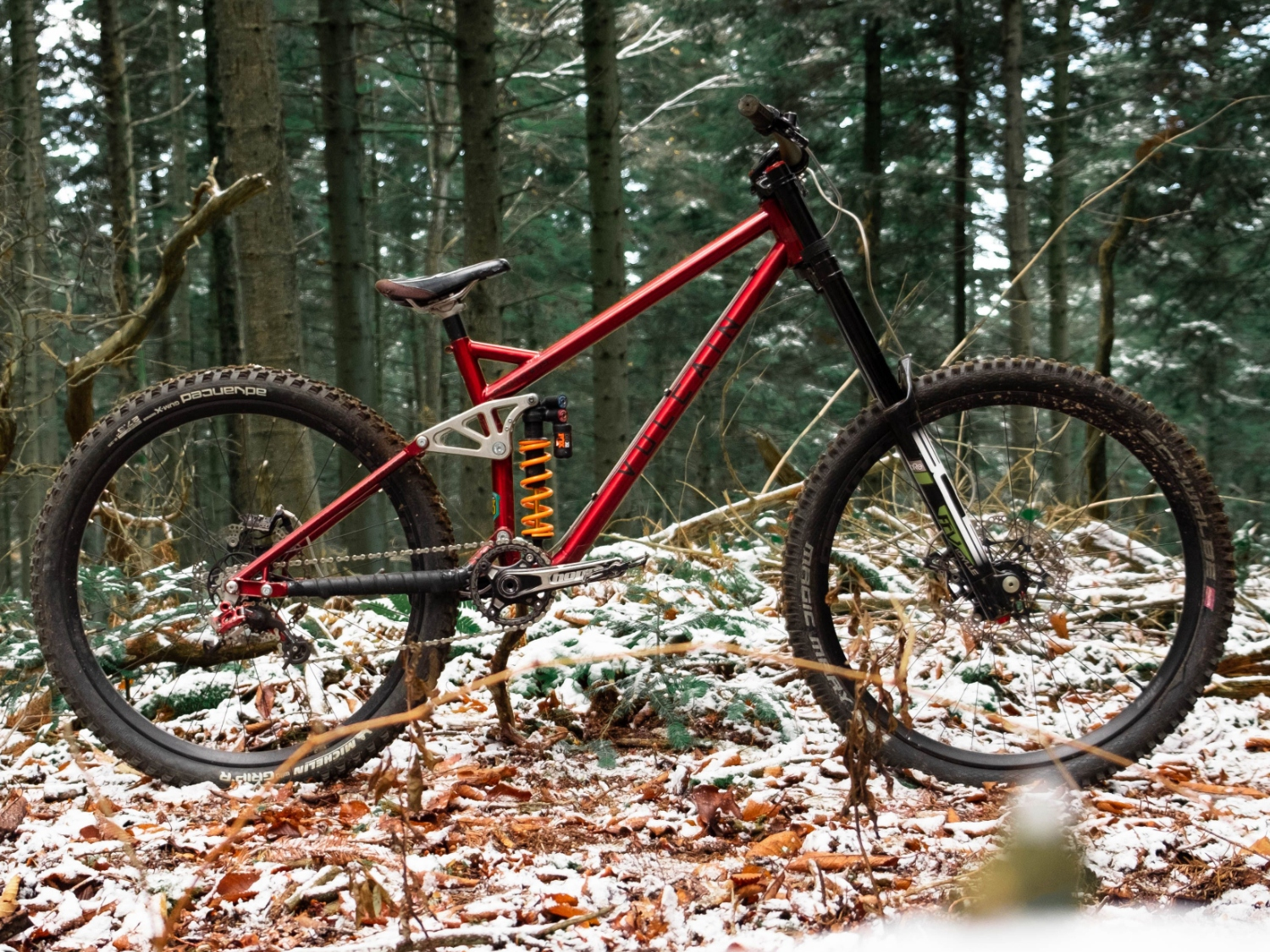 Magma DH proto Red